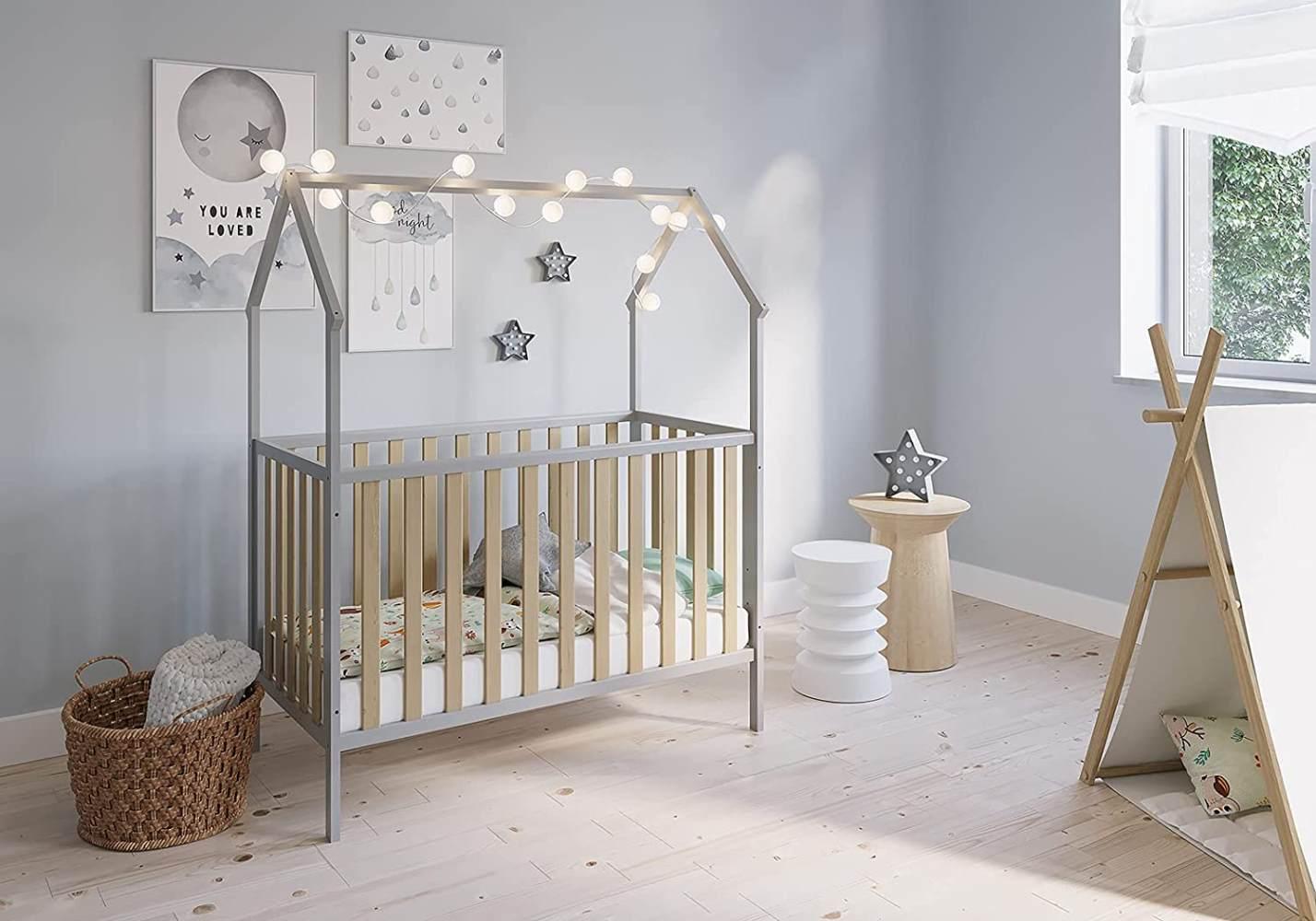 FabiMax 'Schlafmütze' Kinderbett, 60 x 120 cm, grau/natur, mit Matratze Classic, Kiefer massiv, 3-fach höhenverstellbar, umbaubar Bild 1