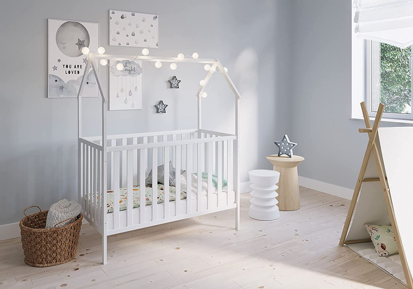 FabiMax 'Schlafmütze' Kinderbett, 60 x 120 cm, weiß, mit Matratze Comfort, Kiefer massiv, 3-fach höhenverstellbar, umbaubar Bild 1