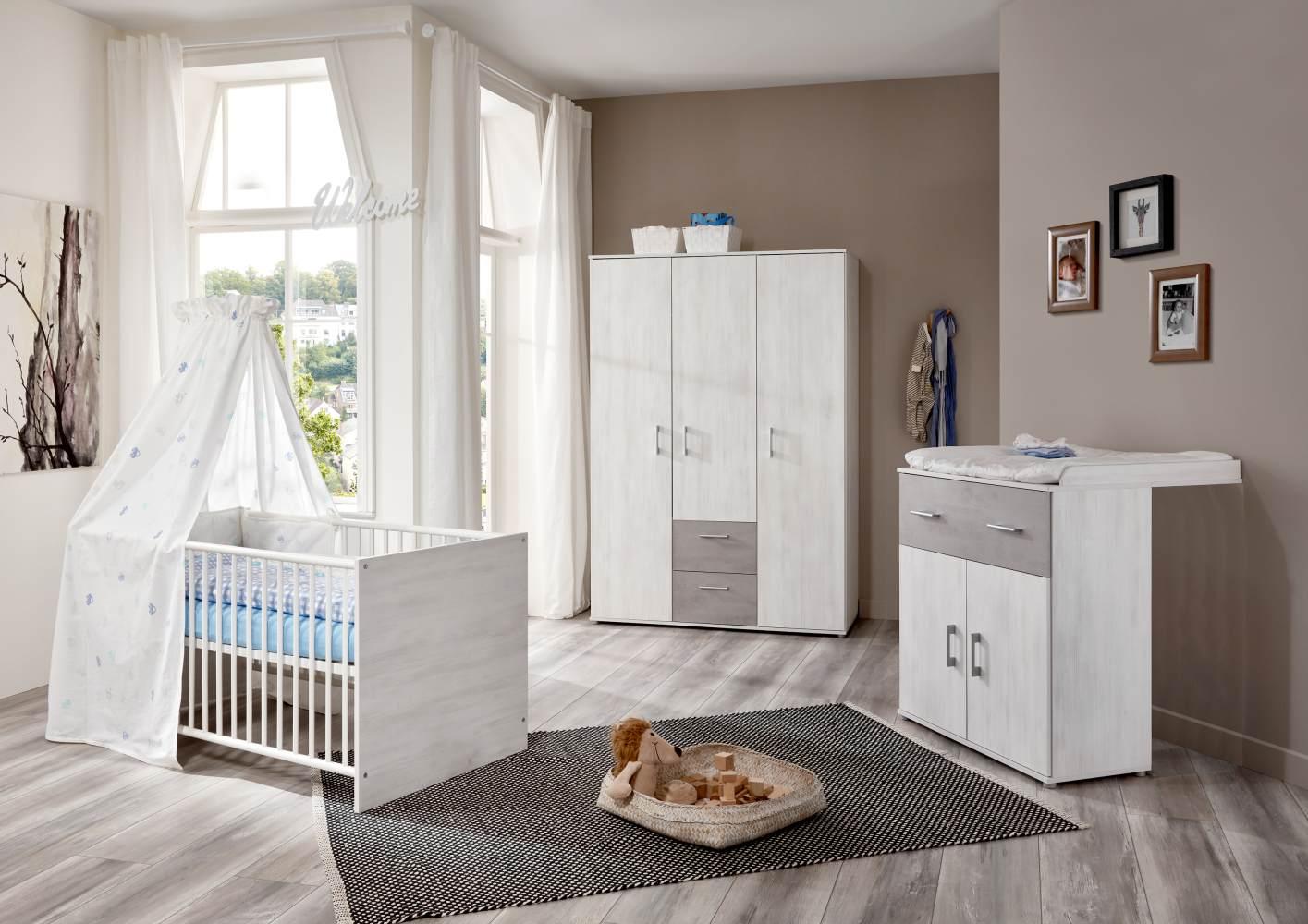Arthur Berndt 'Fredi' Babyzimmerset 3-teilig, White Washed Wood / Stone, aus Kinderbett (70 x 140 cm), Wickelkommode mit Aufsatzseiten und Kleiderschrank Bild 1