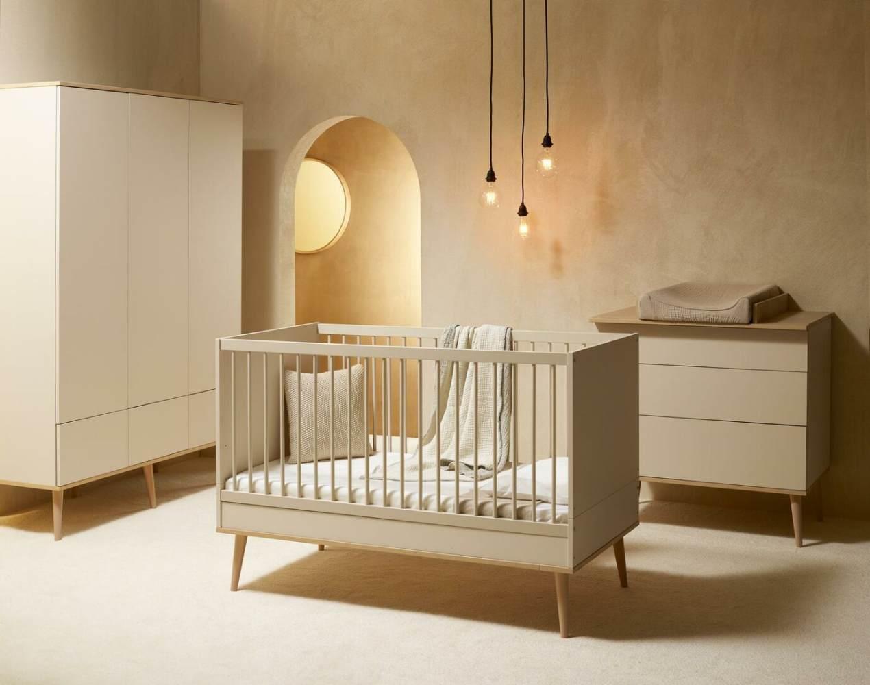 Quax 'Flow' 3-tlg. Kinderzimmerset, Clay & Oak, aus Bett 60 x 120 cm, Wickelkommode und 2-trg. Kleiderschrank Bild 1