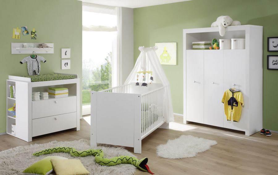Trendteam 'Olivia' 4-tlg. Babyzimmer-Set, weiß, aus Bett 70x140 cm, Kleiderschrank, Wickelkommode mit Unterstellregal, Wandboard Bild 1