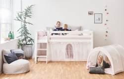 Hoppekids 'Premium' Halbhochbett weiß, inkl. Lattenrost, schräge Leiter