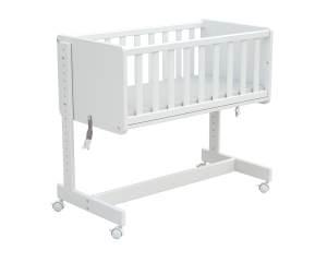 Osann '5in1' Beistellbett, Weiß, inkl. Matratze, auch als Stubenwagen, Sitzbank, Spielzeugtruhe oder Schreibtisch nutzbar