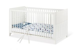 Pinolino 'Cleo' Kombi-Kinderbett 70x140 cm, weiß, 3-fach höhenverstellbar, Schlupfsprossen, inkl. Umbauseiten