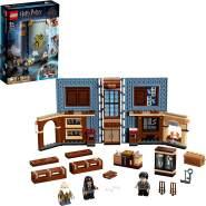 LEGO Harry Potter 76385 'Hogwarts™ Moment: Zauberkunstunterricht', 256 Teile, ab 8 Jahren, Bauset in Buchform