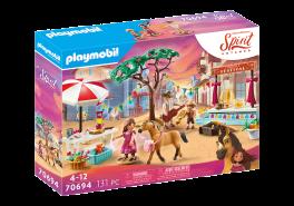 PLAYMOBIL Spirit Riding Free 70694 'Miradero Festival', 131 Teile, ab 4 Jahren
