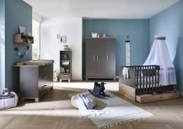 Arthur Berndt 'Cloe' Babyzimmer Komplettset 3-teilig, Kinderbett (70 x 140 cm), Wickelkommode mit Wickelaufsatz und Kleiderschrank Lava Matt / Eiche Sägerau