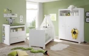 Trendteam 'Olivia' 4-tlg. Babyzimmer-Set, weiß, aus Bett 70x140 cm, Kleiderschrank, Wickelkommode mit Unterstellregal, Wandboard